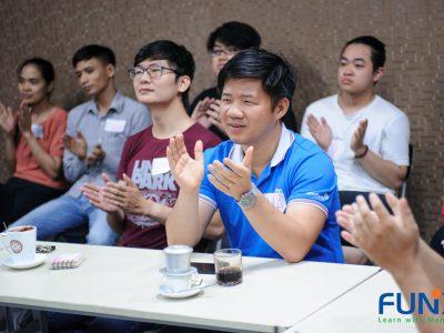 sinh viên FUNiX