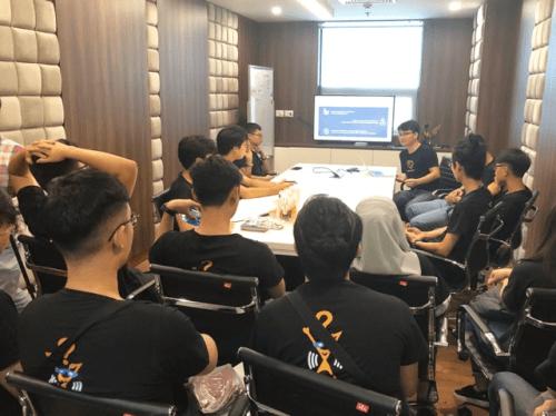 Sinh viên Singapore học Blockchain tại FUNiX
