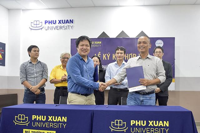 FUNiX ký kết hợp tác với ĐH Phú Xuân vào tháng 2/2020