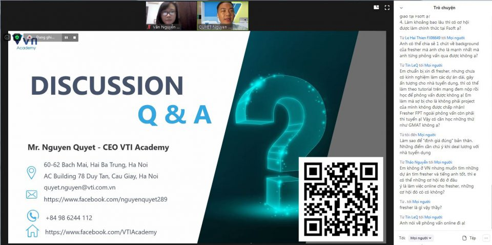 Phần trình bày của mentor Nguyễn Quyết được tiếp nối với một màn Q&A sôi nổi.